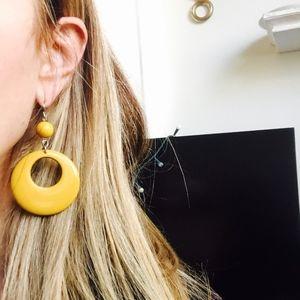 Supercute Vintage Bakelite Dangle Earrings